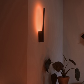 Philips Hue LED Wall Light Liane, black, White and Color Ambiance