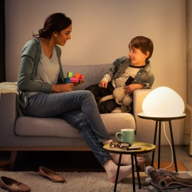 Philips Hue White Ambiance Wellner Lampe de Table à LED blanc, 806lm