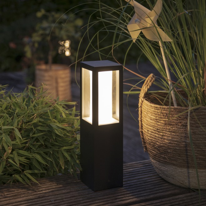 Philips Hue White and Color Ambiance Impress LED-Sockelleuchte, schwarz, inkl. Netzteil