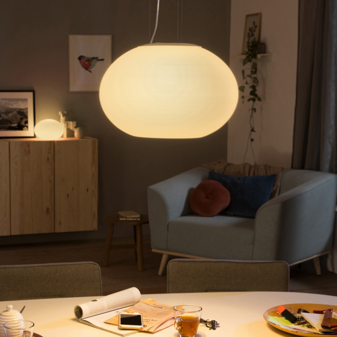 Philips Hue LED-Pendelleuchte Flourish, weiß,  White and Color Ambiance