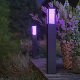 Philips Hue White and Color Ambiance Impress LED-Wegeleuchte, Schwarz