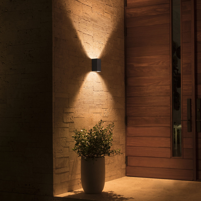 Philips Hue White and Color Ambiance LED-Wandleuchte Resonate 1200lm schwarz