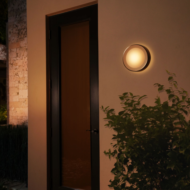 Philips Hue White and Color Ambiance LED-Wandleuchte Daylo silber